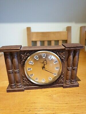 Vintage carved wooden wind up mantle clock, Westclox Made in Scotland