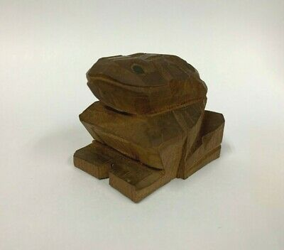 Vintage Antique Fortune Lucky Japanese Brown Wooden Netsuke Toad Frog Carved Art