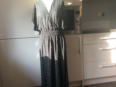 New Look Ladies Black/white Spotted Dress Elastic Waist New With Labels