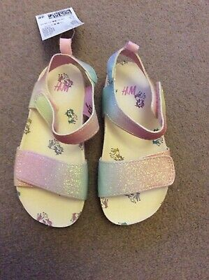BNWT Girls UK Size 8.5 (Eur 26) Pink Sparkly Sandals With Unicorn Pattern By H&M
