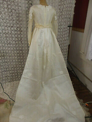 """Vintage 60s Wedding Gown Ivory Satin/Chiffon Applique Train """"AS IS"""" Small"""
