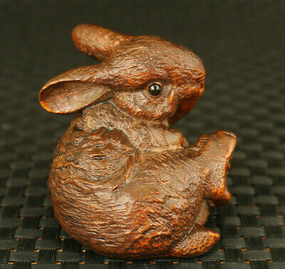 Chinese old bronze hand carving lovely rabbit statue figue netsuke collectable