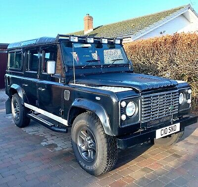 2007 Land Rover Defender 110 TD5 2.5 Country 9 Seater