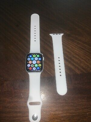apple watch series 4 44mm band White Brand New