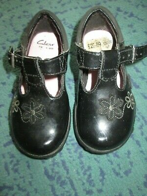 Clarks Girls Black Patent Leather First Shoes Infant 4F Flashing Lights Vgc