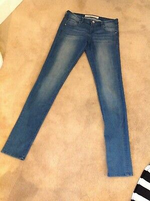 "Denim &Co Blue Stretch Skinny Jeans Size 12 (inside leg 34"")."