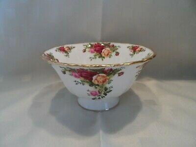 Royal Albert, Old Country Roses Hampstead Footed Bowl.