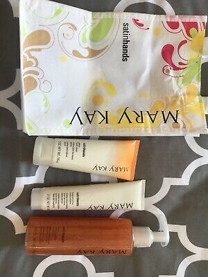 New full size Peach satin hands set in gift bag (discontinued Mary KAY brand)