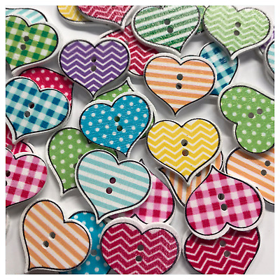 """Lot of 25 FLORAL HEART 2-hole 11//16/"""" x 5//8/"""" Wood Buttons Scrapbook Craft 9026"""