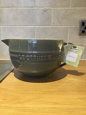 Brand New Light Grey Le Creuset Stoneware 2 Litre Mixing Jug With Tags