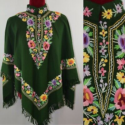 Vintage 1970s Green Wool Floral Embroidered Fringe Cape Poncho Hippie Retro Boho