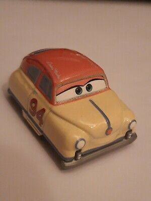 Disney Pixar Cars Mini Racers: Louise Nash.