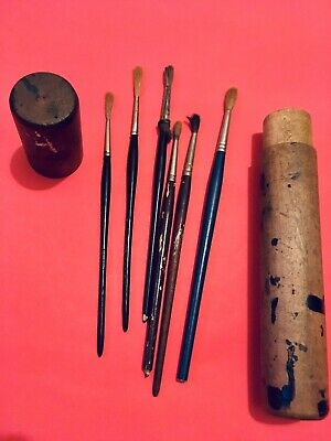 Vintage Artist Paintbrushes And Case