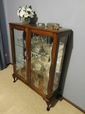 Vintage Art Deco Queen Anne French Provincial Crystal China Display Cabinet 1940