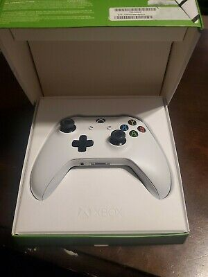 Official Microsoft Xbox One S 1708 Wireless Controller - White TF5-00002