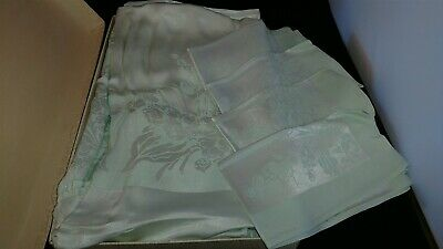 Vintage Table Cloth Set in ORG Box A Tausend Creation 20 x 20 with 4 Napkins
