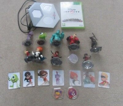 Disney Infinity Disc, Stand and Figures Xbox 360