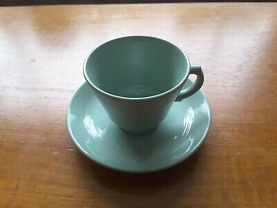 1 Set classic retro/vintage Wood's Beryl Ware green tea cup and saucer 1940s