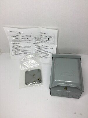 New Midwest Rainproof Power Outlet 120V 30 Amps Model: U013 FAST SHIPPING