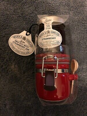 Wilkin & Sons Tiptree Mini Pot with Strawberry Jam Set