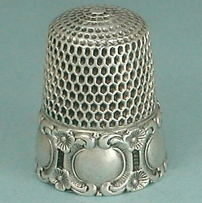 Antique Sterling Silver Repoussé Medallion Thimble by Simons Brothers * C1890s