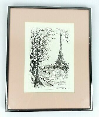 Eiffel Tower Antique Engraved Wooden Music Box Party Birthday Decor Crafts Gifts