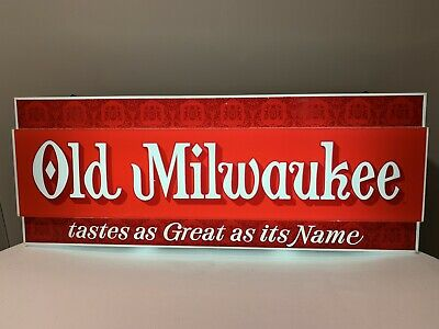 Vintage Old Milwaukee Lighted Florescent Beer Sign -Tastes as Great as it's Name