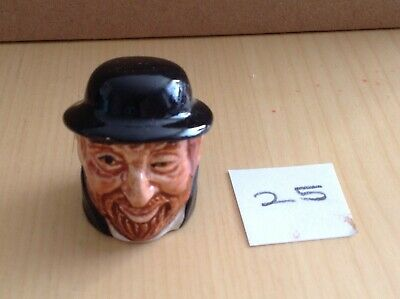 CHARLES DICKENS FAGIN Ceramic THIMBLE STAFFORDSHIRE ENGLAND OLIVER TWIST