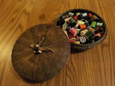 """9"""" Vintage Chinese Sewing Basket With Threads - Excellent Condition"""