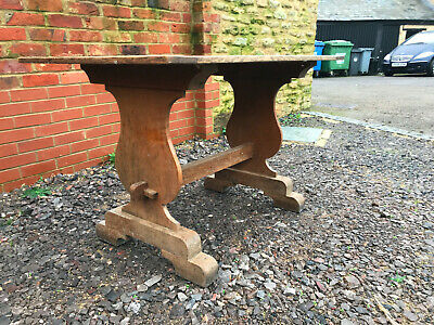 Oak Arts and Crafts style table. Seats 4 comfortably. Lovely peg-jointed piece.