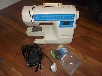 brother xl-4041 sewing machine with all parts as pictured