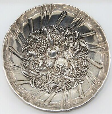 Sterling Silver S. Kirk & Son 431 Footed Berry Bowl Repousse No Monogram