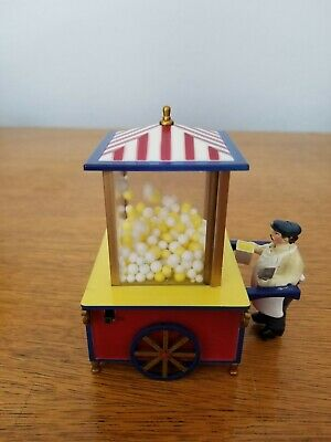 NIB MR CHRISTMAS Battery Operated Popping Popcorn Stand Christmas Village Accent