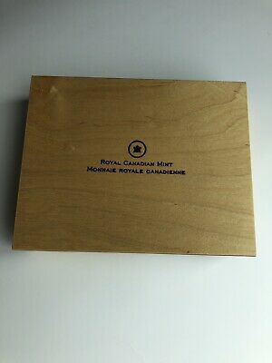 2013 Oh Canada 12 Coin Wooden Box ***No Coins***L@@K***FREE SHIPPING in CANADA**