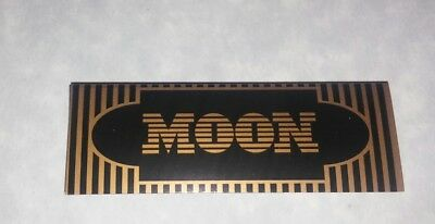 2 Packs MOON Gold 1-1/4 FLAX Rolling Papers (40 Leaves Each)