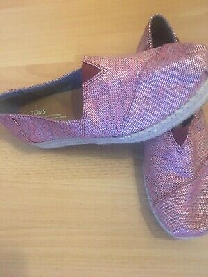 Ladies Beautiful Pink And Blue Toms Canvas Shoes Size 6 Worn Once