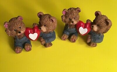 Valentine Figurines Teddy Bears with Heart - Cute!