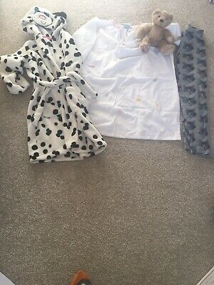 M&S girls Dalmatian Dressing Gown . Age 5-6 years.