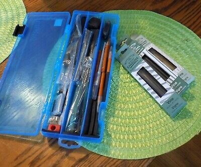 Charcoal drawing set preowned with artbin storage container