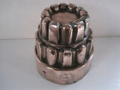 ANTIQUE VICTORIAN 3 TIERED COPPER JELLY MOULD - BENHAM & SONS, LONDON No.529