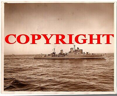 WW2 Large Original Press Photo of HMS Newcastle with Destroyers