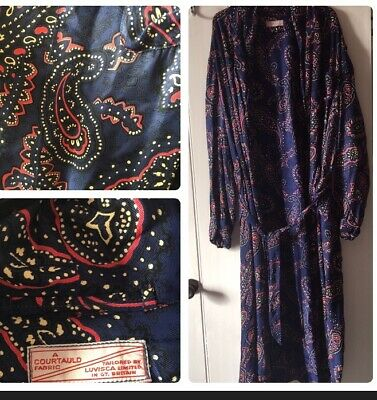Vintage Dressing Gown Luvisca Limited, GT.BRITAIN. A Courtauld Fabric. Stunning