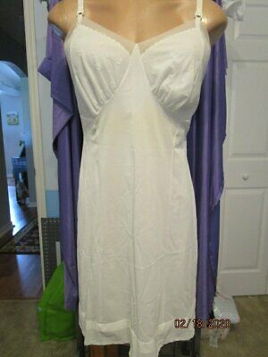 1960's Vintage Nylon & Lace Ivory Seamprufe Silky Slip Made in USA   42