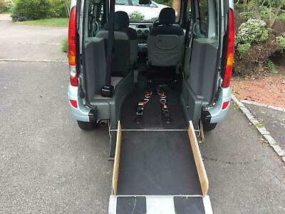 Renault Kangoo 1.6 Upfront driven electric tailgate electric ramp 24000 miles