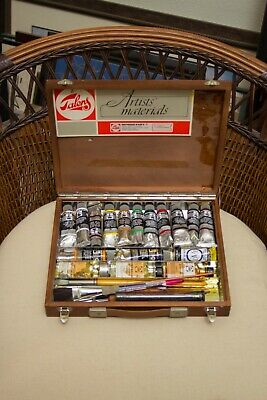 Royal Talens - Rembrandt Oil Paint Art Set in Wooden Chest