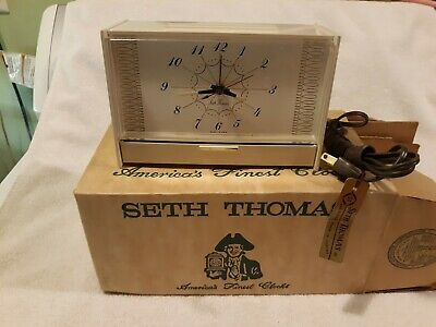 NOS IOB Vintage Seth Thomas  Electric Alarm Clock Model SS12-Y