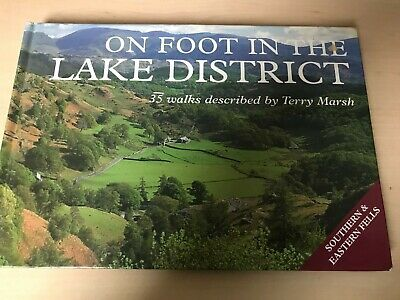 On Foot In The Lake District. Walking Mountains. Terry Marsh