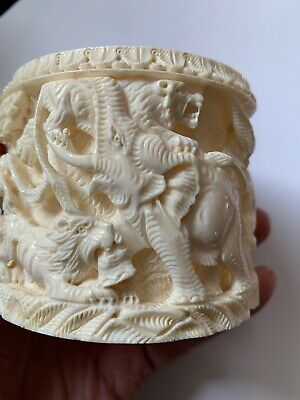 """Hand Carved 3"""" Round Box.  No Lid"""
