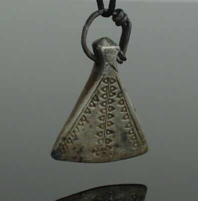 ANCIENT VIKING SILVER AXE AMULET PENDANT - CIRCA 9th/10th CENTURY