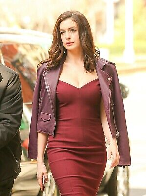Anne Hathaway 8X10 Glossy Photo Picture Image #17